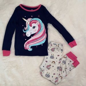 4/$38 Unicorn pajama set size 4T